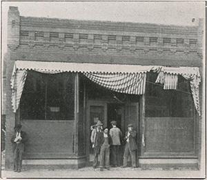 Paul's Place 1913